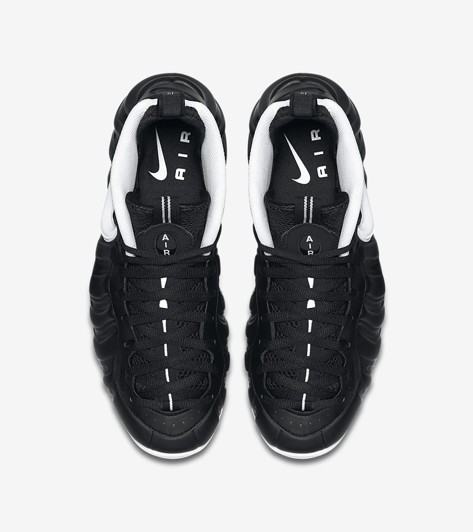 foamposites black and white nike swoosh