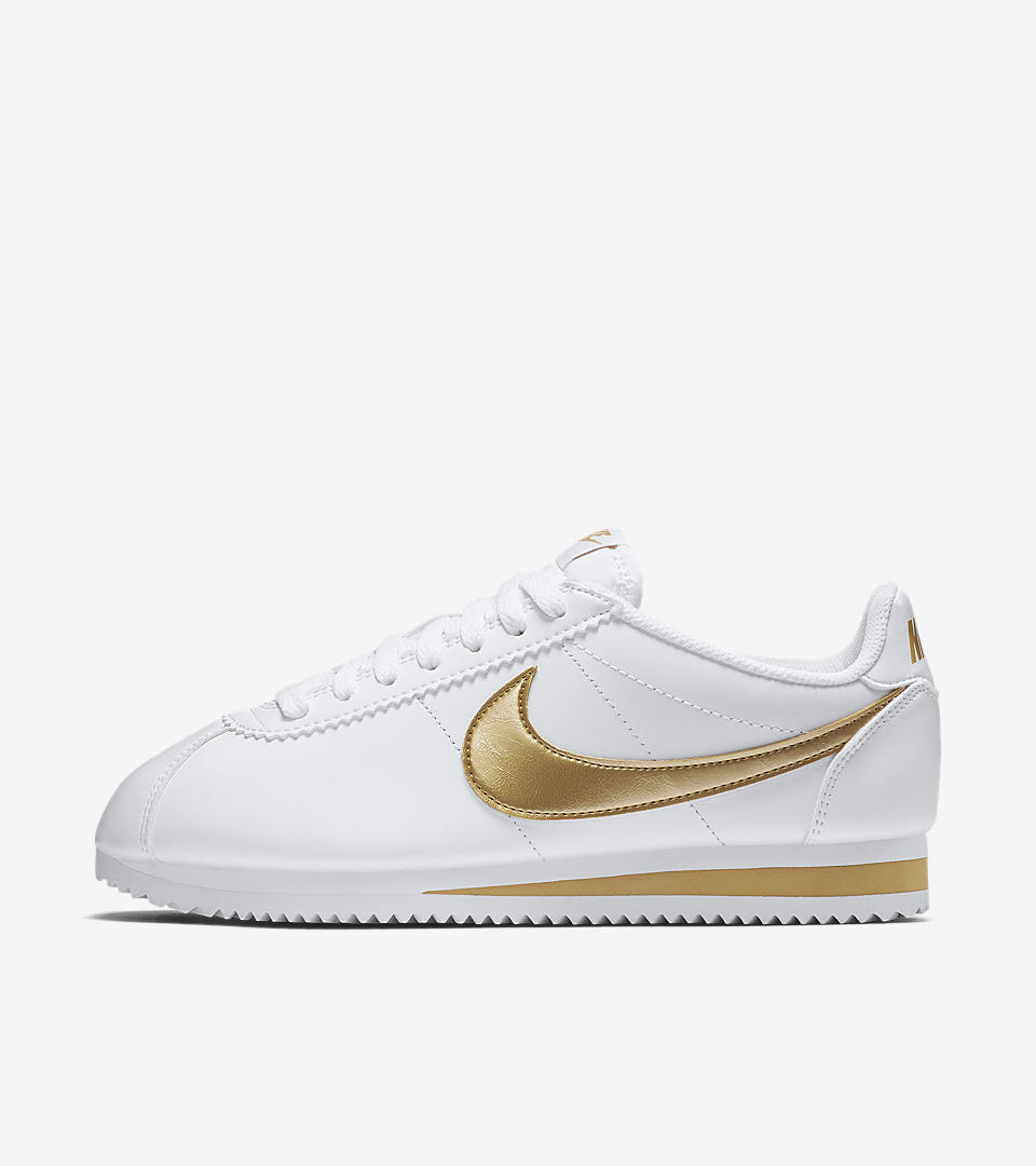check out 56f28 989e0 nike cortez white with gold