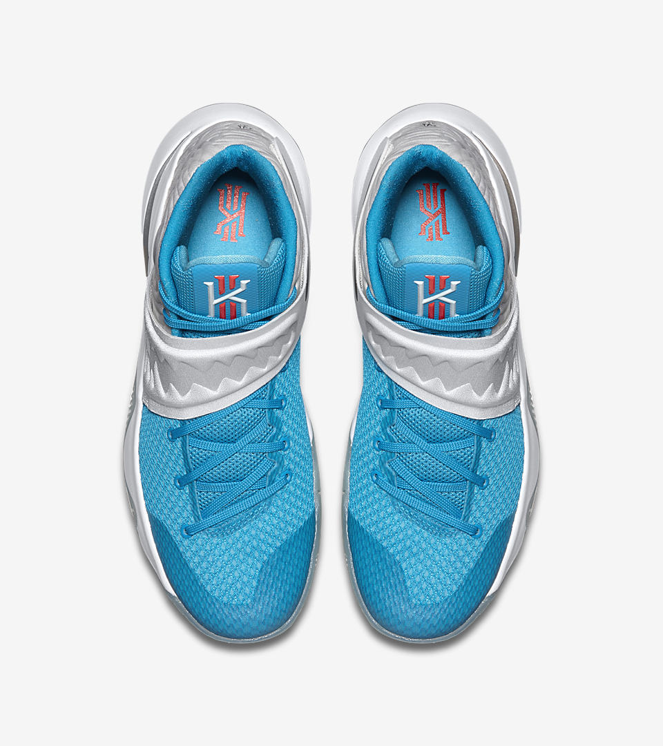 finest selection 193cf bae3d kyrie 2 xmas sneakers uk