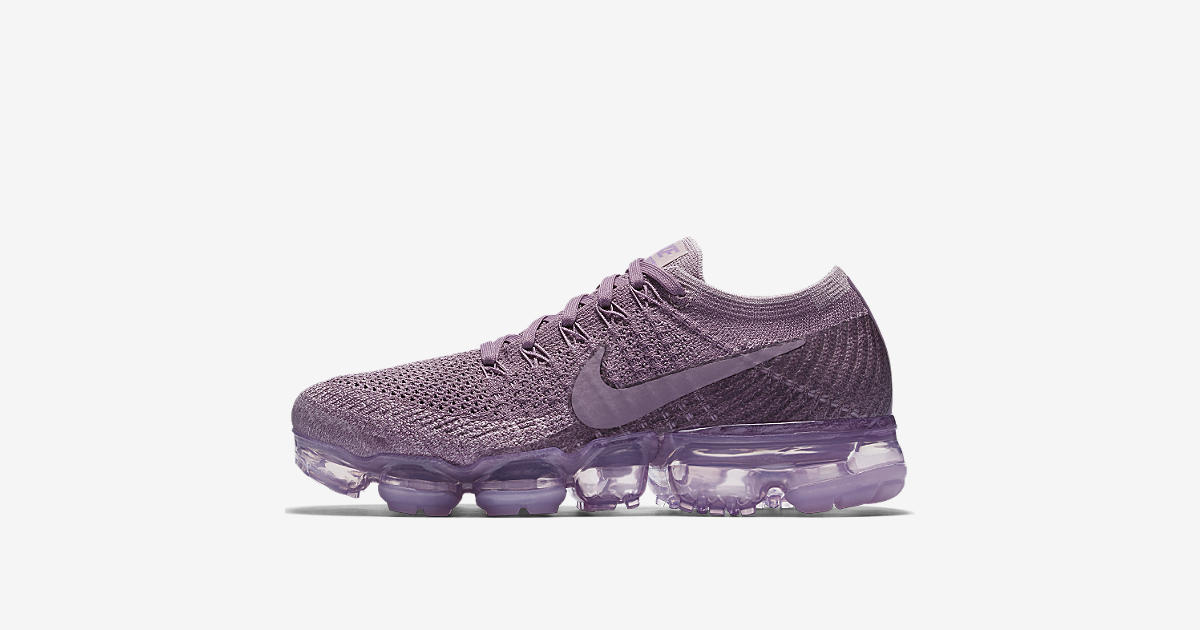Women's Nike Air VaporMax Flyknit Day to Night 'Violet Dust'. Nike⁠+ SNKRS