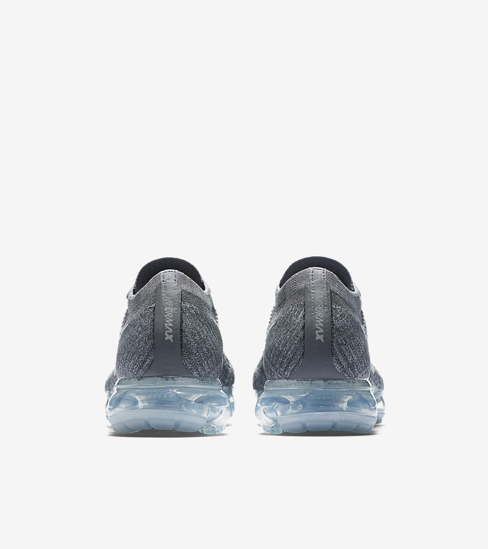 Nike VaporMax Triple Black Set To Release Air Max, Upcoming