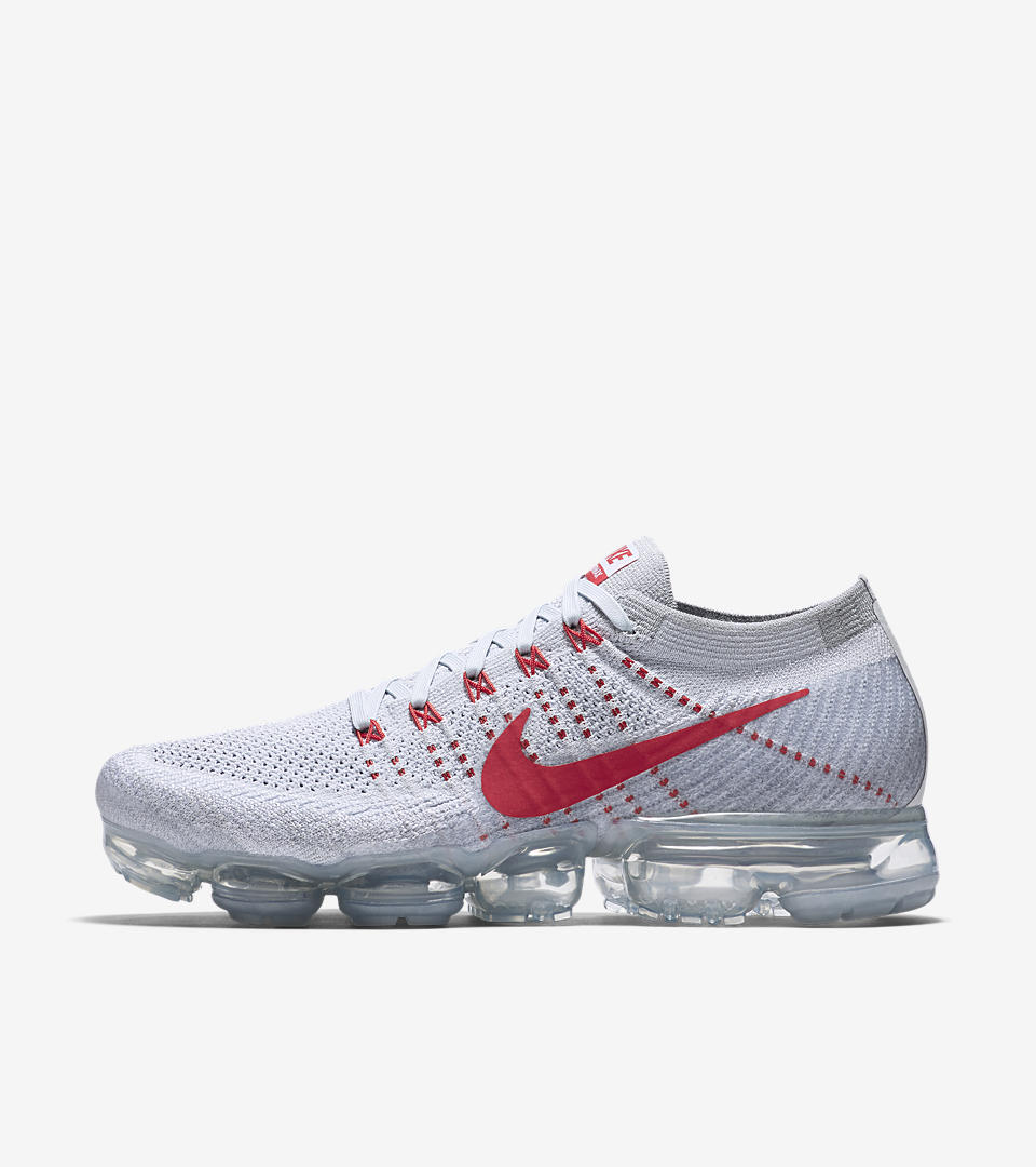 Nike Vapormax White And Red