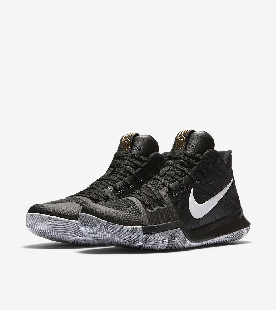 Nike Kyrie 3 BHM (2017) Sneakers (Black/White-White)