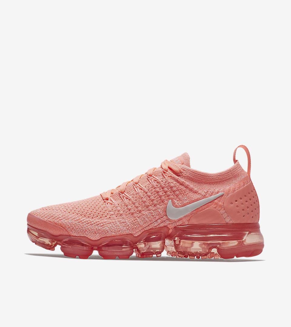 WMNS Nike Air Vapormax 2.0 Air Moves You Pink