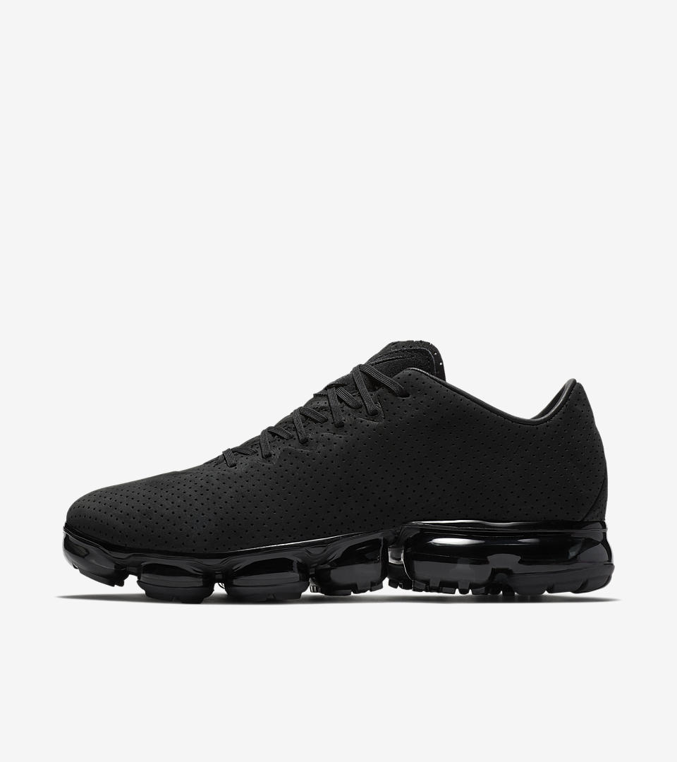 70f11f2aa3 nike air vapormax flyknit mens running shoes black black anthracite white; air  vapormax ltr